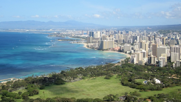 Honolulu Beeriest Beach City in America